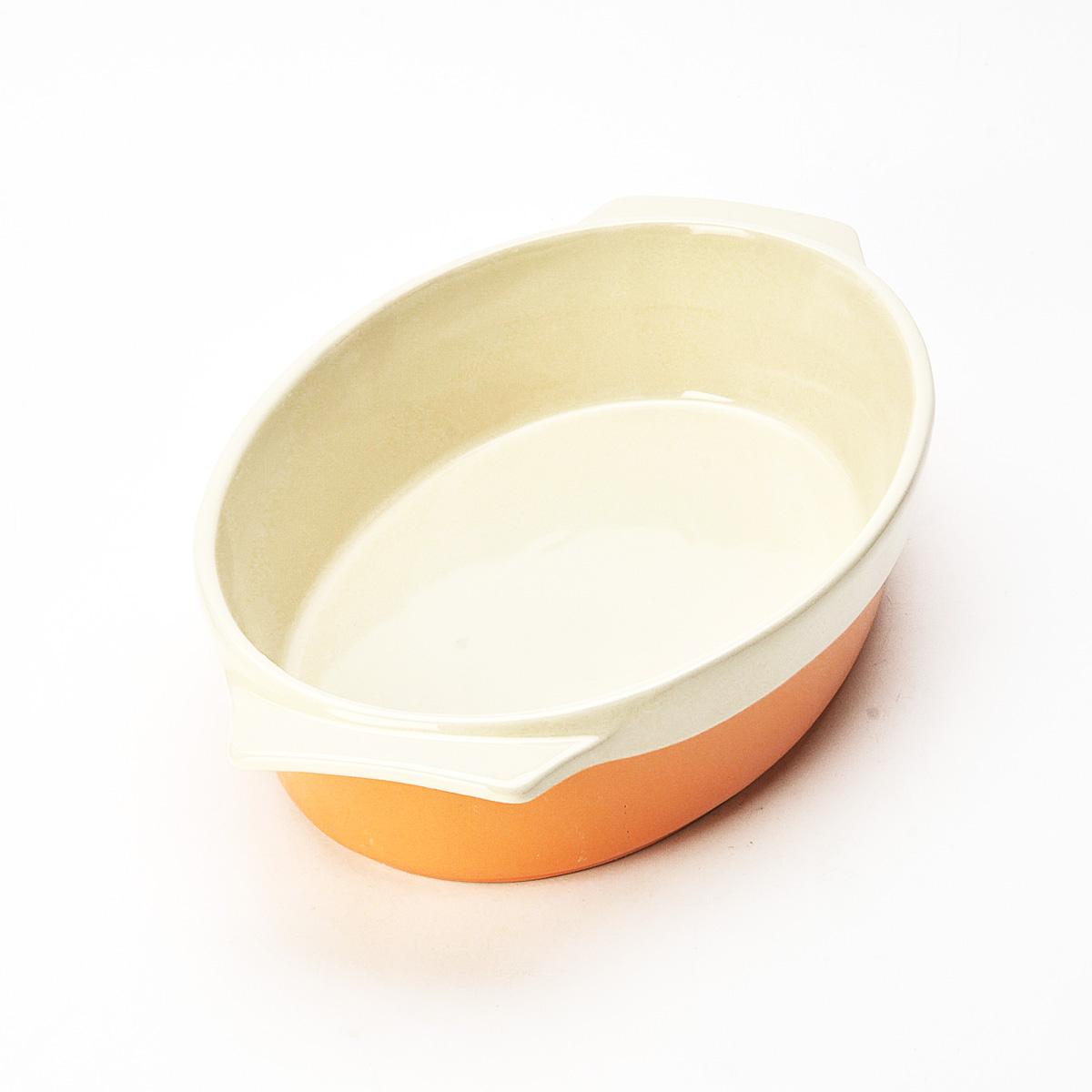 Противень Mayer & Boch, овальный, цвет: оранжевый, бежевый, 33 см х 21,5 см х 6 см. 2178521785Противень Mayer & Boch изготовлен из высококачественной керамики и подходит для любого вида пищи. Элегантный дизайн идеально подходит для современного дома. Пища, приготовленная в керамической посуде, сохраняет свои вкусовые качества, и благодаря экологической чистоте материала, не может нанести вред здоровью человека. Керамика - один из самых лучших материалов, который удерживает тепло, медленно и равномерно его распределяет. Максимальный нагрев - 400°С. С таким противнем вы всегда сможете порадовать своих близких оригинальным блюдом. Противень можно использовать в микроволновой печи и духовом шкафу, замораживать в холодильнике. Можно мыть в посудомоечной машине.
