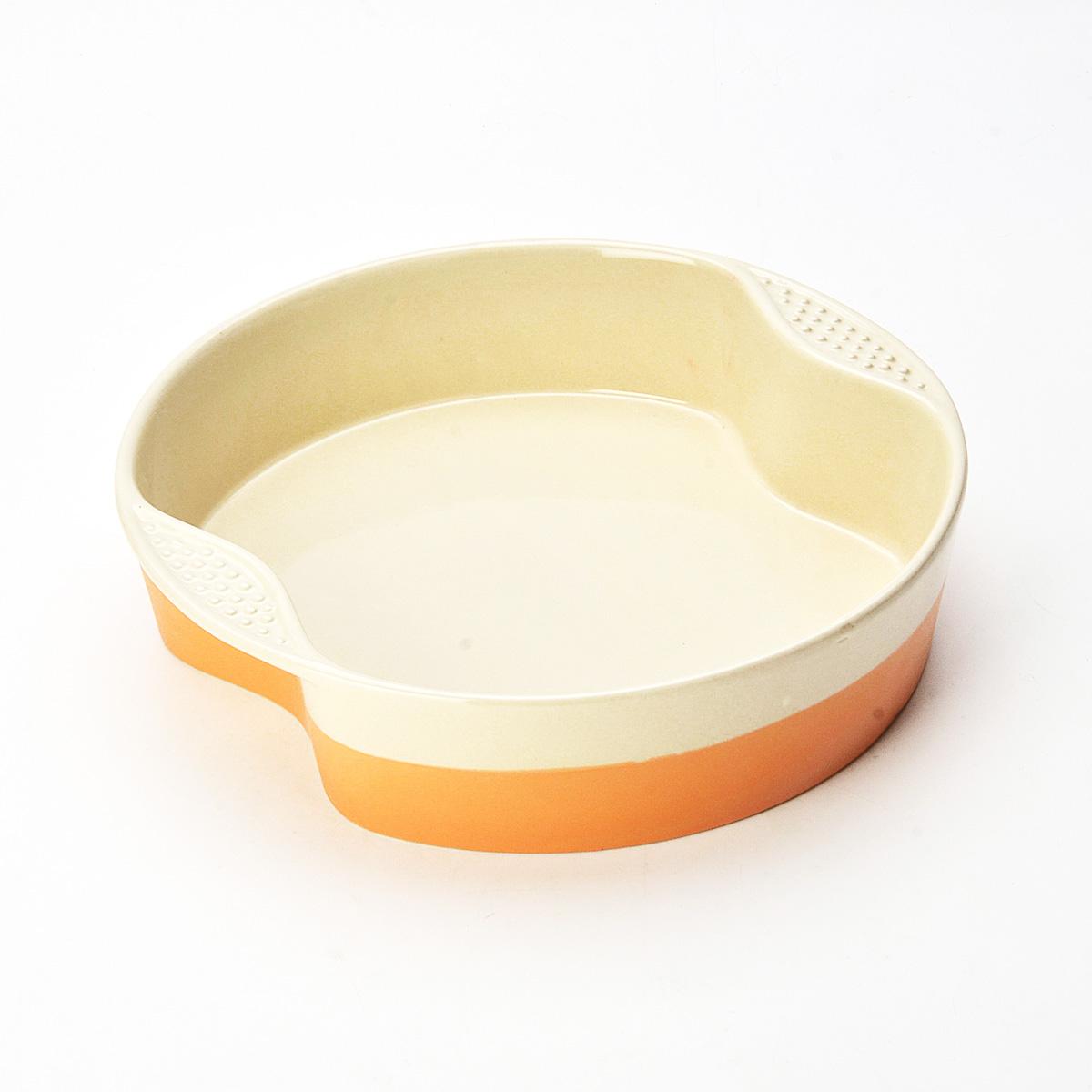 Противень Mayer & Boch, круглый, цвет: оранжевый, бежевый, диаметр 28,5 см21771Противень Mayer & Boch изготовлен из высококачественной керамики и подходит для любого вида пищи. Элегантный дизайн идеально подходит для современного дома. Пища, приготовленная в керамической посуде, сохраняет свои вкусовые качества, и благодаря экологической чистоте материала, не может нанести вред здоровью человека. Керамика - один из самых лучших материалов, который удерживает тепло, медленно и равномерно его распределяет. Максимальный нагрев - 400°С. С таким противнем вы всегда сможете порадовать своих близких оригинальным блюдом. Противень можно использовать в микроволновой печи и духовом шкафу, замораживать в холодильнике. Можно мыть в посудомоечной машине.