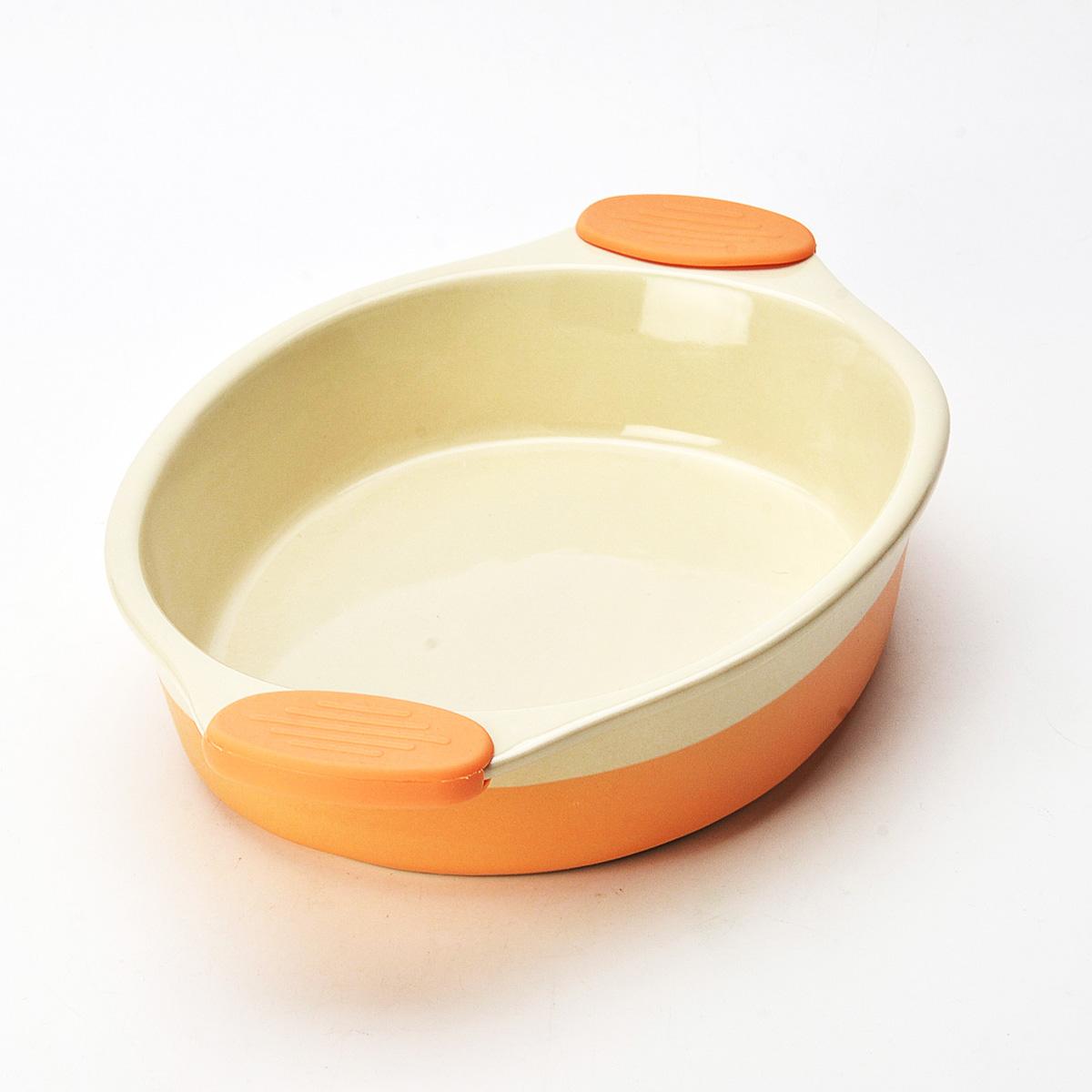 Форма для выпечки Mayer & Boch, овальная, цвет: оранжевый, 37 см х 24 см х 7 см21789Овальная форма для выпечки Mayer & Boch изготовлена из керамики с внутренним и внешним покрытием цветной глазурью. Керамическая посуда считается не только изысканной, но еще и полезной. Керамика не содержит вредных примесей ПФОК, что способствует здоровому и экологичному приготовлению пищи. Форма идеально подходит для приготовления пирогов, запеканок и других блюд, поскольку тепло распределяется равномерно. Изделие дополняют термостойкие ручки из силикона, которые позволяют не использовать прихватки. Подходит для использования в духовом шкафу. Не подходит для СВЧ-печей. Рекомендуется ручная чистка. Наслаждайтесь приготовлением пищи в вашей формой для выпечки. Высота стенки: 6,5 см. Толщина стенки: 6-7 мм. Толщина дна: 6-7 мм. Размер формы (с учетом ручек): 37 см х 24 см х 7 см. Размер формы (без учета ручек): 27 см х 20,5 см х 6,2 см.