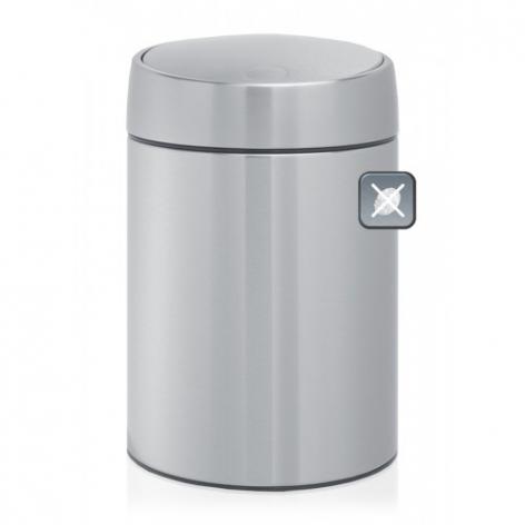 Ведро для мусора Brabantia Slide, 5 л477546Ведро для мусора Brabantia Slide изготовлено из матовой стали с защитой от отпечатков пальцев. Отдельное внутреннее пластиковое ведро обеспечивает удобный вынос мусора и очистку. Специальная крышка легко открывается движением одной руки, закрывается бесшумно и автоматически. Уникальная запатентованная система открывания/закрывания. Крышка плавно поднимается и опускается без соприкосновения с содержимым бака. Пластиковый защитный обод предохраняет пол от повреждений. Бак можно поставить на пол или повесить на стену. Для настенного крепления в комплекте предусмотрен простой в установке опорный кронштейн. Ведро легко снимается с настенного кронштейна. Для ведра идеально подходят мешки для мусора с завязками (размер B). Ведро для мусора Brabantia Slide - идеальное решение для ванной комнаты и туалета! Диаметр: 20,5 см. Высота: 31,5 см.