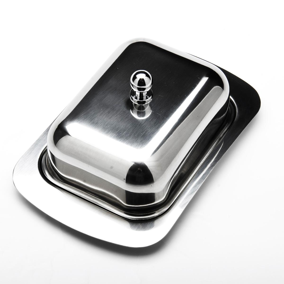 Масленка Mayer & Boch. 2351523515Масленка Mayer & Boch, изготовленная из высококачественной нержавеющей стали, предназначена для красивой сервировки и хранения масла. Она состоит из подноса и крышки с ручкой. Масло в ней долго остается свежим, а при хранении в холодильнике не впитывает посторонние запахи. Гладкая поверхность обеспечивает легкую чистку. Можно мыть в посудомоечной машине. Размер подноса: 19 см х 12 см х 2 см. Размер крышки: 13,5 см х 10 см х 6 см.