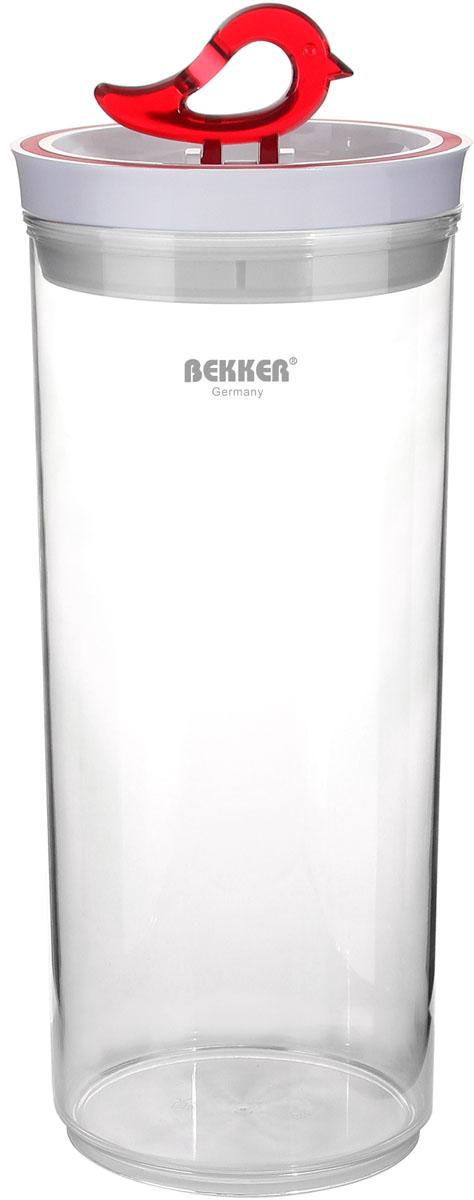 Контейнер для сыпучих продуктов Bekker Koch, 2,9 лBK-5120Контейнер для сыпучих продуктов Bekker Koch изготовлен из прочного высококачественного прозрачного пластика. На крышке имеется силиконовое уплотнительное кольцо. Крышка имеет удобную ручка в виде птички. При наклоне ручки в лежачее положение, контейнер плотно закрывается. Контейнер предназначен для хранения различных продуктов. Контейнер для сыпучих продуктов Bekker Koch сохранит ваши продукты, а компактный размер не займет много места на вашей кухне. Рекомендуется ручная чистка. Диаметр контейнера: 13,2 см. Высота контейнера: 30 см. Толщина стенки: 2 мм.