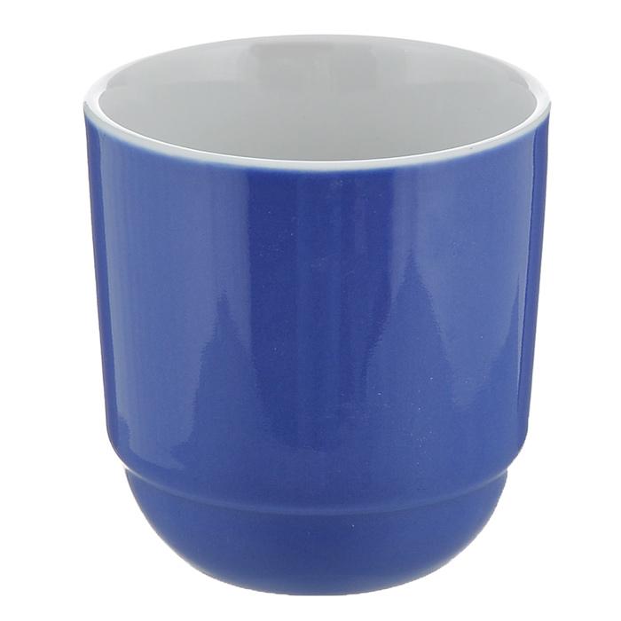 Чашка для кофе Brabantia, цвет: фиолетовый620867Чашка для кофе Brabantia изготовлена из прочного высококачественного фарфора и подходит для повседневного использования. Всегда актуальный дизайн - подойдет для любого случая. Насладитесь чашечкой ароматного кофе вместе с чашкой для кофе Brabantia. Можно нагревать в микроволновой печи и мыть в посудомоечной машине.