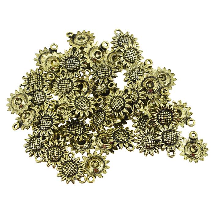 Подвеска металлическая Астра Цветок, цвет: золотистый, диаметр 16 мм, 50 шт7704931_золотоНабор Астра Цветок состоит из 50 декоративных подвесок, изготовленных из металла в виде подсолнухов. С их помощью вы сможете украсить фотографию, альбом, одежду, подарок и другие предметы ручной работы. Все подвески в наборе имеют оригинальный и яркий дизайн.