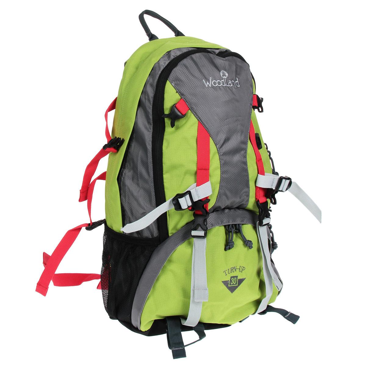Рюкзак WoodLand Turn-Up 30, цвет: зеленый, серый30773Рюкзак WoodLand Turn-Up 30 будет вашим верным спутником в ежедневных поездках. Функциональный дизайн приятно удивит вас. Бесчисленные карманы, в том числе, встроенный органайзер, помогут удобно разместить необходимые вещи. Компрессионные стяжки позволяют регулировать объем и балансировать вес уложенного рюкзака. Особенности рюкзака: Два входа в основное отделение. Диафрагма типа кулиска, перекрывается затягиванием шнура и фиксируется стоппером. Фронтальный карман с органайзером и дополнительным отделением. Кармашки для мелочей в крыльях поясного ремня. S-образные лямки. Грудная стяжка с резиновым компенсатором. Пластиковая фурнитура YKK.