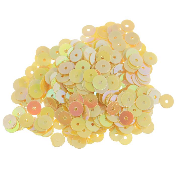 Пайетки плоские Астра, цвет: желто-лимонный, 6 мм, 10 г. 7700471_917700471_91 желто-лимонныйПайетки Астра выполнены в виде круглой чешуйки из блестящего пластика многогранной формы и с отверстием для продевания нитки. Они идеально подойдут для вышивания на предметах быта и женской одежде. Они позволят изыскано украсить любую вещь, подойдут для декора сценических костюмов, создания стилизованной одежды. Диаметр: 6 мм. Вес: 10 г.