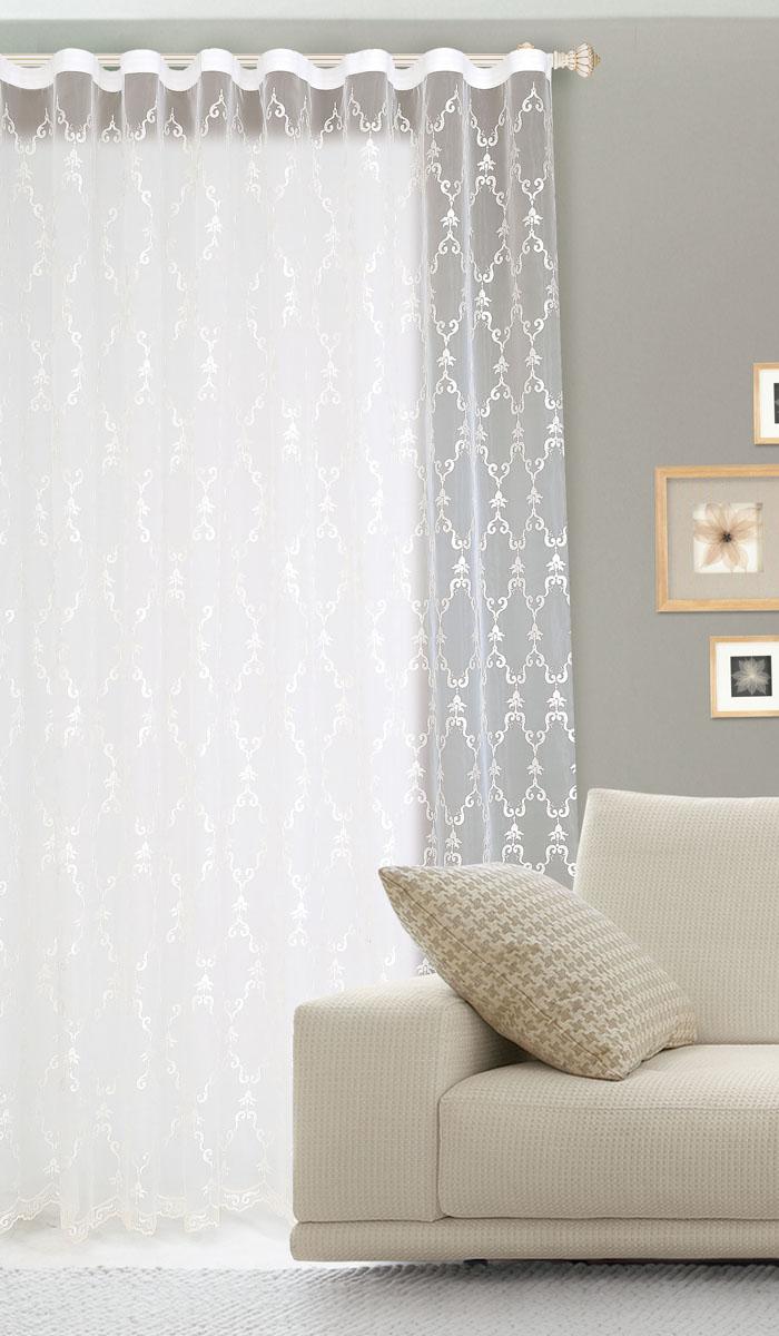 Штора готовая для гостиной Garden, на ленте, цвет: белый, 300 х 260 см. С 537301 V1С 537301 V1Готовая тюлевая штора для гостиной Garden выполнена из органзы (100% полиэстер) с изящным рисунком в классическом стиле. Полупрозрачность материала, вуалевая текстура и нежная цветовая гамма привлекут к себе внимание и органично впишутся в интерьер комнаты. Штора крепится на карниз при помощи ленты, которая поможет красиво и равномерно задрапировать верх. Штора Garden великолепно украсит любое окно. Стирка при температуре 30°С.