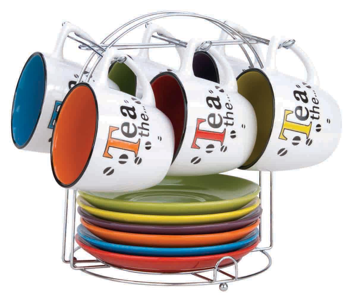 Набор чайный Bekker, 13 предметов. BK-5980BK-5980Чайный набор Bekker состоит из шести чашек и шести блюдец. Предметы набора изготовлены из высококачественной жаропрочной керамики без примесей кадмия и свинца. Глазурованная поверхность облегчает чистку. Внешние стенки кружек оформлены красочным орнаментом на белом фоне; внутренняя поверхность чашек цветная. Блюдца круглой формы однотонные. В комплекте - металлическая хромированная подставка с шестью крючками для подвешивания кружек и подставкой для блюдец. Чайный набор яркого и в тоже время лаконичного дизайна украсит интерьер кухни и сделает ежедневное чаепитие настоящим праздником. Подходит для мытья в посудомоечной машине.