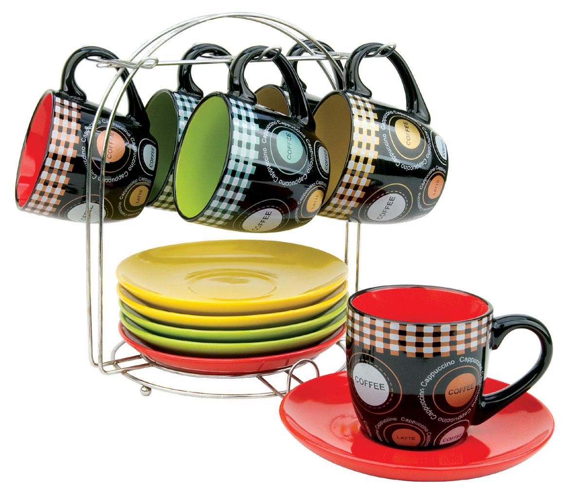 Набор чайный Bekker, 13 предметов. BK-5998BK-5998Чайный набор Bekker состоит из шести чашек и шести блюдец. Предметы набора изготовлены из высококачественной жаропрочной керамики без примесей кадмия и свинца. Глазурованная поверхность облегчает чистку. Внешние стенки чашек оформлены красочным орнаментом на черном фоне; внутренняя поверхность чашек цветная. Блюдца круглой формы однотонные. В комплекте - металлическая хромированная подставка с шестью крючками для подвешивания чашек и подставкой для блюдец. Чайный набор яркого и в тоже время лаконичного дизайна украсит интерьер кухни и сделает ежедневное чаепитие настоящим праздником. Подходит для мытья в посудомоечной машине.