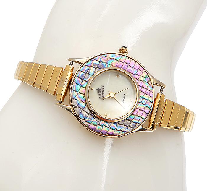 Zakazat.ru: Женские наручные часы L.A.Express. Бижутерный сплав золотого тона, кварцевый механизм, ремешок стрейч. Гонконг, 1980-е годы