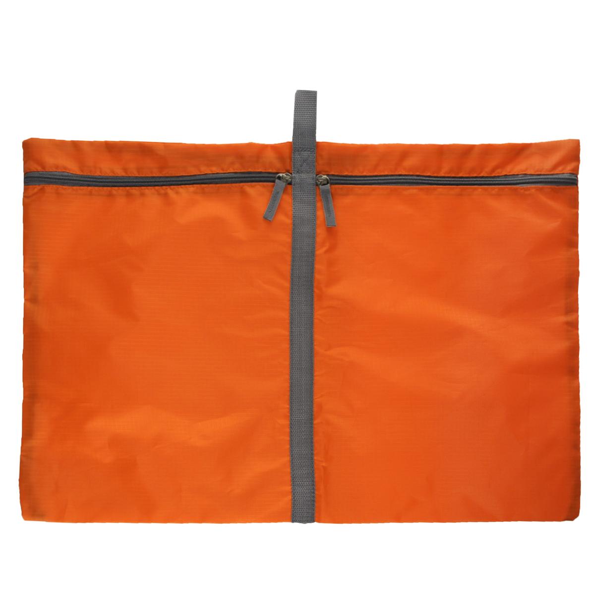 Чехол для белья Hausmann, 60 х 40 см3X-306Удобный чехол Hausmann, выполненный из прочного дышащего и водонепроницаемого материала, обеспечит надежное хранение вашего белья, защитит от повреждений во время хранения и транспортировки. Особая фактура ткани не пропускает пыль и при этом позволяет воздуху свободно проникать внутрь, обеспечивая естественную вентиляцию. Чехла имеют петлю, за которую его можно повесить. Чехол разделен на два отделения, которые закрываются на молнию. Он будет незаменим в командировке или бизнес-поездке.