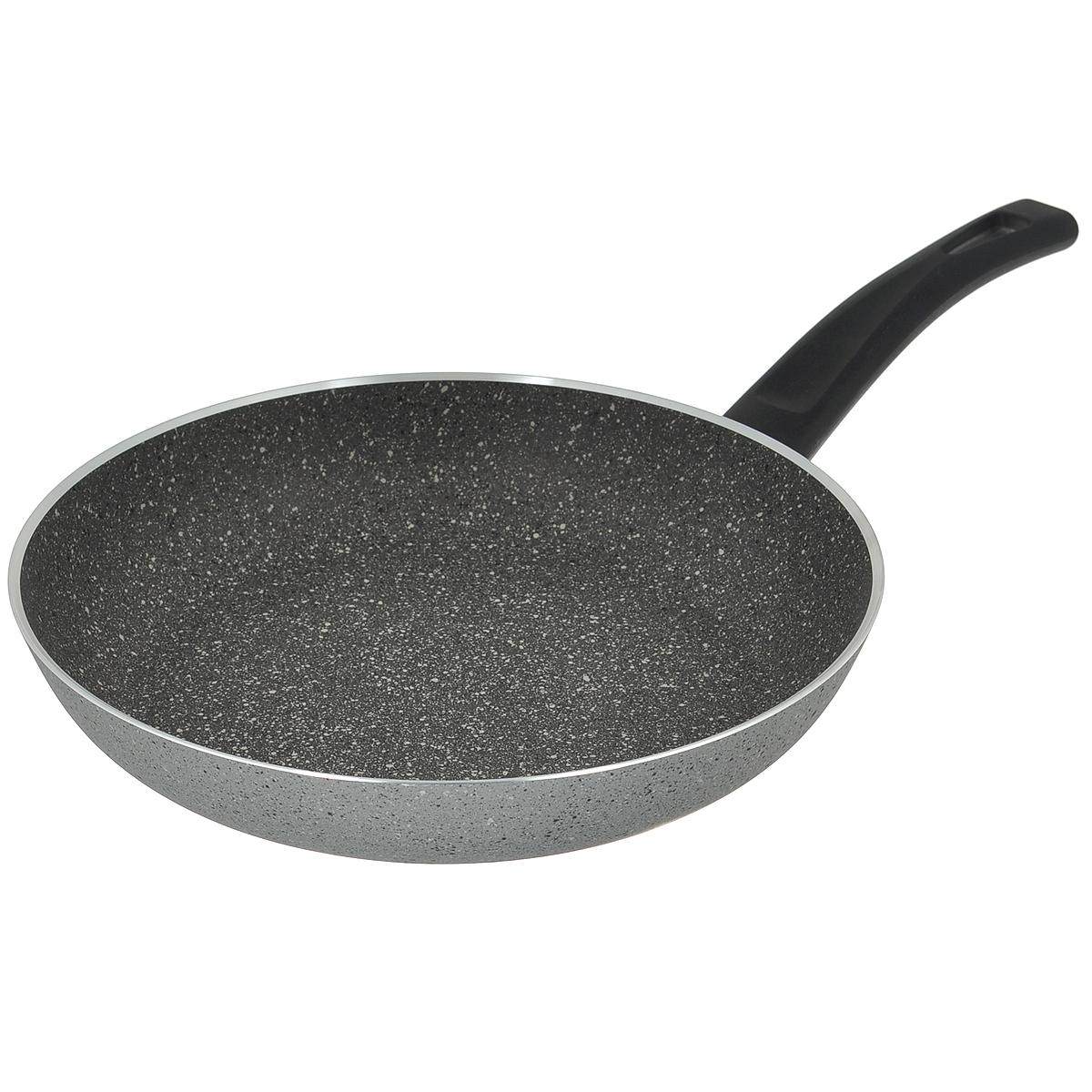 Сковорода Illa Cook On Rock Everyday, с антипригарным покрытием. Диаметр 28 см1444Сковорода Illa Cook On Rock Everyday изготовлена из алюминия с внутренним антипригарным каменным покрытием серого цвета Whitford. Цвет наружной поверхности - серый под камень. Посуда с каменным антипригарным покрытием выполнена из материалов высокого качества и является наиболее долговечной. Экологична, так как при нагреве не выделяет примеси PFOA. Прочный антипригарный слой очень надежен, не меняется со временем и не теряет своих антипригарных свойств. Антипригарная каменная посуда гарантирует приготовление здоровой, легкой и вкусной пищи, благодаря возможности готовить на более низкой температуре, и сохраняет вкус и аромат продуктов. Антипригарная каменная посуда быстро нагревается, а тепло сохраняется дольше, благодаря толстому дну и наличию специальных частиц, из которых состоит покрытие. Ручка эргономичной формы выполнена из бакелита. Эта новая линия ILLA для тех, кто ценит надежность, прочность, долговечность и профессиональные характеристики посуды с...