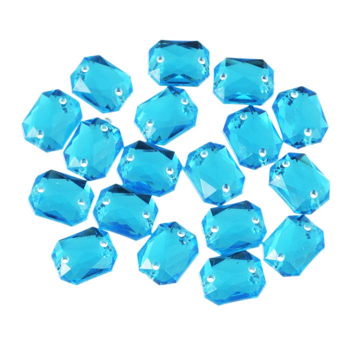 Стразы пришивные Астра, акриловые, прямоугольные, цвет: голубой (32), 8 мм х 10 мм, 18 шт. 7701652_327701652_32 голубойНабор страз Астра, изготовленный из акрила, позволит вам украсить одежду и аксессуары. Стразы оригинального и яркого дизайна выполнены в форме прямоугольника и оснащены отверстиям для пришивания. Украшение стразами поможет сделать любую вещь оригинальной и неповторимой.