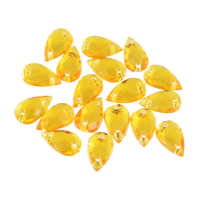 Стразы пришивные Астра, акриловые, капля, цвет: светло-оранжевый (11), 6 х 10 мм, 18 шт. 77016547701654_11 св.оранжевыйНабор страз Астра, изготовленный из акрила, позволит вам украсить одежду и аксессуары. Стразы оригинального и яркого дизайна в форме капли оснащены отверстиями для пришивания. Украшение стразами поможет сделать любую вещь оригинальной и неповторимой. Размер: 6 х 10 мм.
