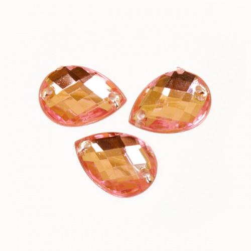 Стразы пришивные Астра, цвет: розовый (03), 18 х 13 мм, 6 шт. 77016567701656_03Набор страз Астра, изготовленный из акрила, позволит вам украсить одежду и аксессуары. Стразы оригинального и яркого дизайна в виде капель оснащены отверстиями для пришивания. Украшение стразами поможет сделать любую вещь оригинальной и неповторимой. Размер: 18 х 13 мм.