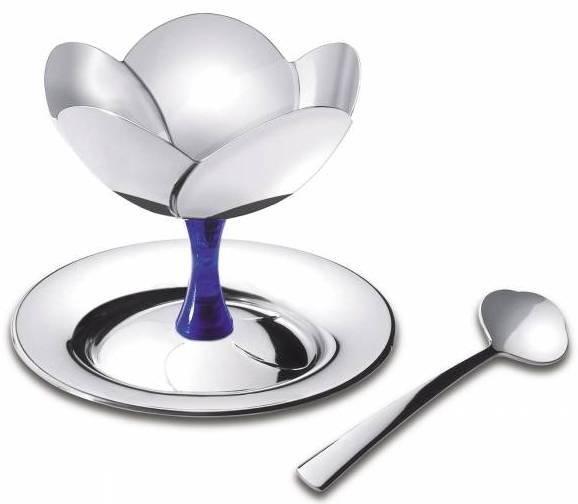 Набор для мороженого Tramontina на одну персону, цвет: стальной64230/820-TRНабор Tramontina изготовлен из нержавеющей стали и состоит из оригинальной чаши, выполненной в форме цветка на подставке, блюдца и красивой ложки. Предназначен для подачи десертов, мороженого. Набор для мороженогоTramontina раскрасит вашу кухню в яркие цвета! Можно мыть в посудомоечной машине.