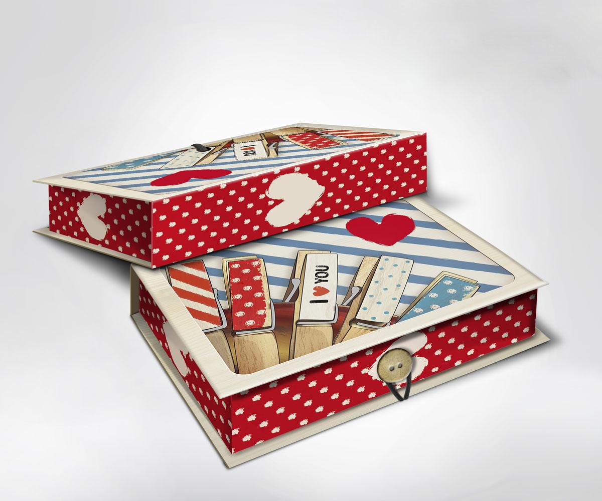 Подарочная коробка Прищепки, 22 х 16 х 7 см36515Подарочная коробка Прищепки выполнена из плотного картона. Крышка оформлена ярким изображением прищепок и сердца. Коробка закрывается на пуговицу. Подарочная коробка - это наилучшее решение, если вы хотите порадовать ваших близких и создать праздничное настроение, ведь подарок, преподнесенный в оригинальной упаковке, всегда будет самым эффектным и запоминающимся. Окружите близких людей вниманием и заботой, вручив презент в нарядном, праздничном оформлении.
