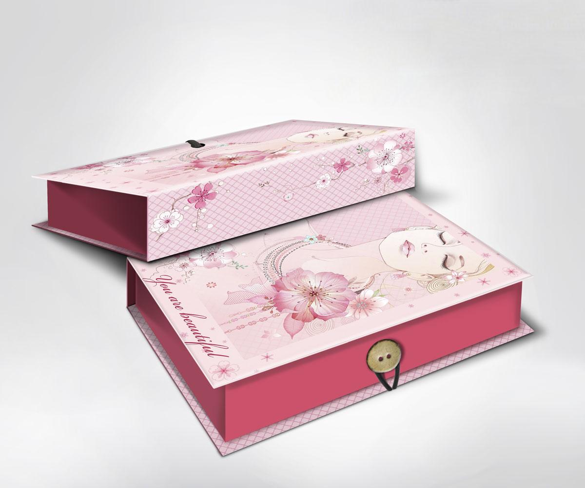 Подарочная коробка Девушка, 22 х 16 х 7 см36527Подарочная коробка Девушка выполнена из плотного картона. Крышка оформлена ярким изображением девушки с цветами и надписью You are beautiful. Коробка закрывается на пуговицу. Подарочная коробка - это наилучшее решение, если вы хотите порадовать ваших близких и создать праздничное настроение, ведь подарок, преподнесенный в оригинальной упаковке, всегда будет самым эффектным и запоминающимся. Окружите близких людей вниманием и заботой, вручив презент в нарядном, праздничном оформлении.