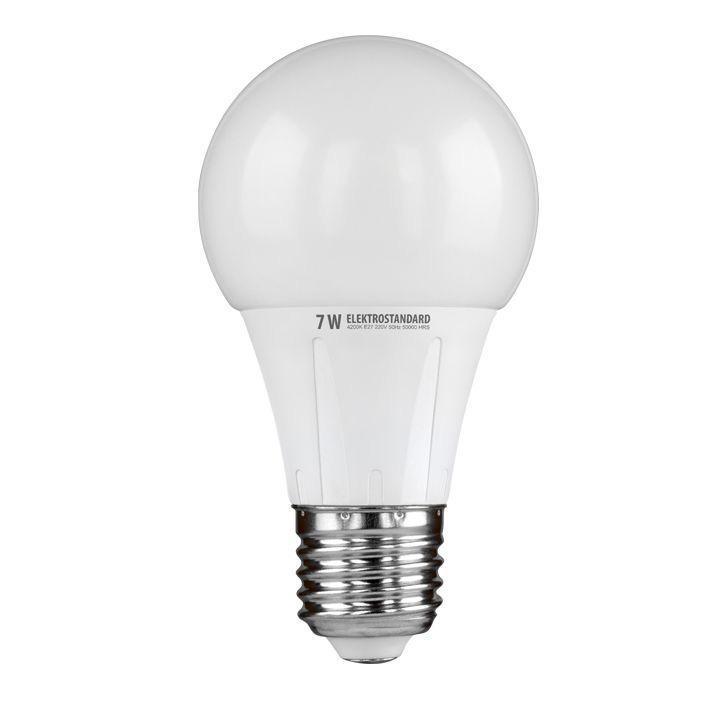 Светодиодная лампа Elektrostandard Classic LED 7W 6500K E27a029961Светодиодные лампы Elektrostandard благодаря низкому потреблению и высокой энергоэффективности являются одним из самым перспективным видом освещения. Светодиодные лампы Электростандард можно устанавливать во все светильники в которых используются лампы накаливания, эноргосберегающие, галогенные. Срок службы светодиодных ламп составляет от 30000 до 50000 часов и не зависит от количества включения и выключения, Напряжение: 220 вольт