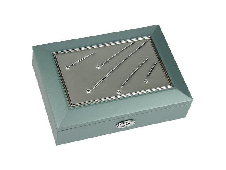 Шкатулка ювелирная Moretto, цвет: светло-зеленый, 18 см х 13 см х 5 см. 3992639926Шкатулка Русские подарки MORETTO 39926 - это оригинальный и стильный подарок. Эта модель сохранит ваши ювелирные изделия в первозданном виде. С такой шкатулкой вы сможете внести в интерьер частичку элегантности.