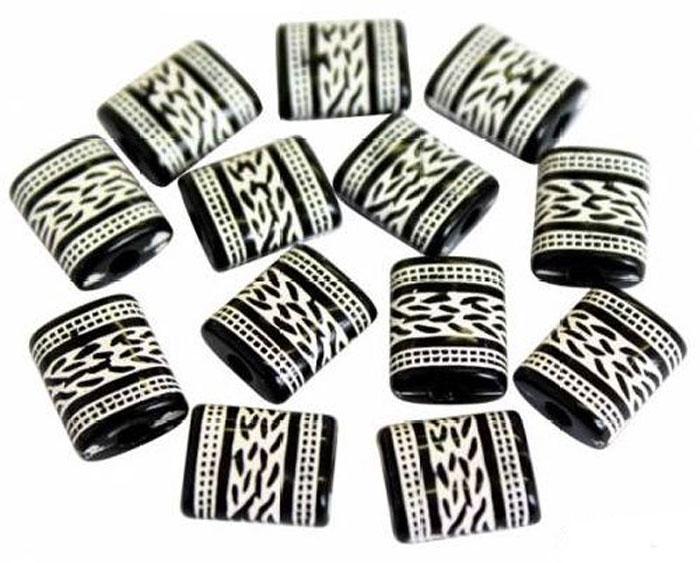 Бусины Астра, цвет: черный, белый (004), 12 мм х 10 мм, 25 г. 7701061_0047701061_004Набор бусин Астра, изготовленный из пластика, позволит вам своими руками создать оригинальные ожерелья, бусы или браслеты. Бусины выполнены в прямоугольной форме и украшены оригинальным орнаментом. Изготовление украшений - занимательное хобби и реализация творческих способностей рукодельницы, это возможность создания неповторимого индивидуального подарка.