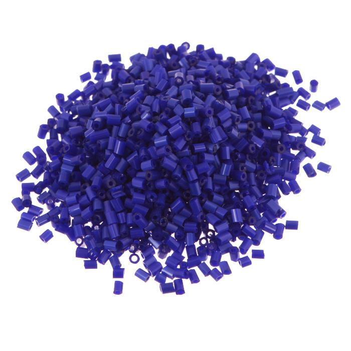 Рубка Астра, непрозрачный, цвет: синий (48), размер 11/0, 20 г. 675289_48675289_48 синий/непрозрачныйРубка Астра, изготовленная из пластика, позволит вам своими руками создать оригинальные ожерелья, бусы или браслеты, а также заняться вышиванием. В бисероплетении часто используют рубку разных размеров и цветов. Она идеально подойдет для вышивания на предметах быта и женской одежде. Размер рубки: 11/0. Вес пакетика: 20 г. Изготовление украшений - занимательное хобби и реализация творческих способностей рукодельницы, это возможность создания неповторимого индивидуального подарка.