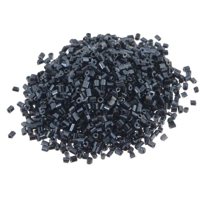 Рубка Астра, непрозрачный, цвет: черный (129), размер 11/0, 20 г. 675289_129675289_129 черный/непрозр.глянцевыйРубка Астра, изготовленная из пластика, позволит вам своими руками создать оригинальные ожерелья, бусы или браслеты, а также заняться вышиванием. В бисероплетении часто используют рубку разных размеров и цветов. Она идеально подойдет для вышивания на предметах быта и женской одежде. Размер рубки: 11/0. Вес пакетика: 20 г. Изготовление украшений - занимательное хобби и реализация творческих способностей рукодельницы, это возможность создания неповторимого индивидуального подарка.