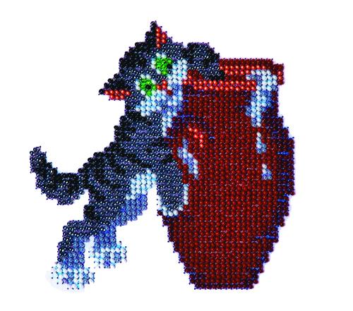 Набор для вышивания бисером Кот и сметана, 11 см х 11 см. 580373580373Набор для вышивания Кот и сметана поможет вам создать свой личный шедевр - красивую картину, вышитую бисером. Работа, выполненная своими руками, станет отличным подарком для друзей и близких! Набор содержит: - ткань с рисунком-схемой, - бисер Preciosa Ornels (Чехия) - 8 цветов, - игла, - схема для вышивания, - инструкция на русском языке.