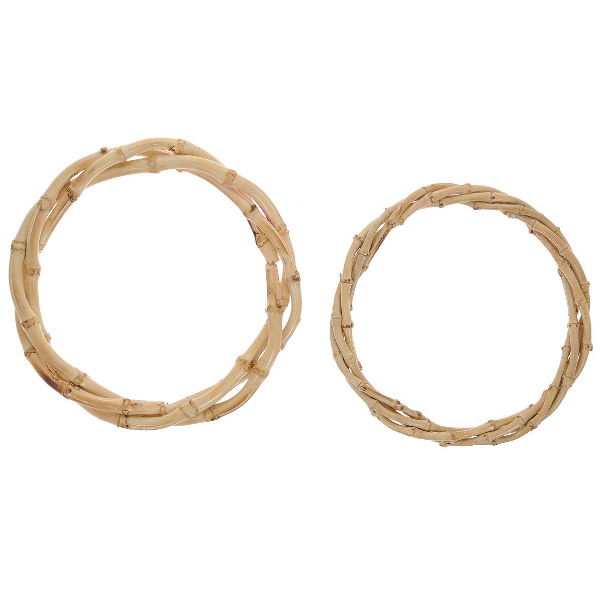 Ручки для сумок Hobby & Pro, бамбуковые, диаметр 14,5 см, 2 шт7700085Ручки для сумок Hobby & Pro, изготовлены из бамбука и имеют круглую форму. Предназначены для пришивания к сумке. Если вы решили сшить, связать или свалять себе сумочку, обратите внимание на эти ручки, они будут прекрасным и удобным завершением вашего шедевра.
