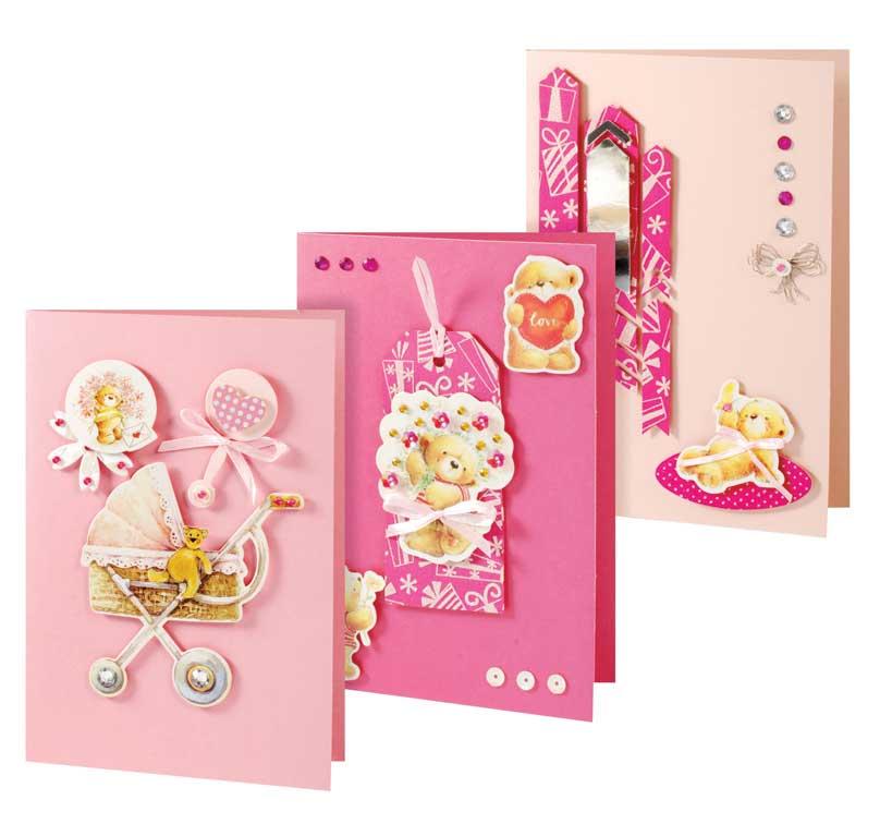 Набор для создания открыток Мишки, 3 шт108-SB Набор для создания 3-х открыток МишкиНабор Мишки предназначен для создания трех оригинальных открыток. Открытка ручной работы - это всегда ценный подарок. В каждой работе таится частичка души ее автора и неповторимый стиль, так как нет и двух похожих открыток ручной работы. В набор входит: - 3 заготовки для открыток, - 3 конверта, - клеевые подушечки, - вырубки из бумаги, - ленты, паетки, - стразы, полубусины.
