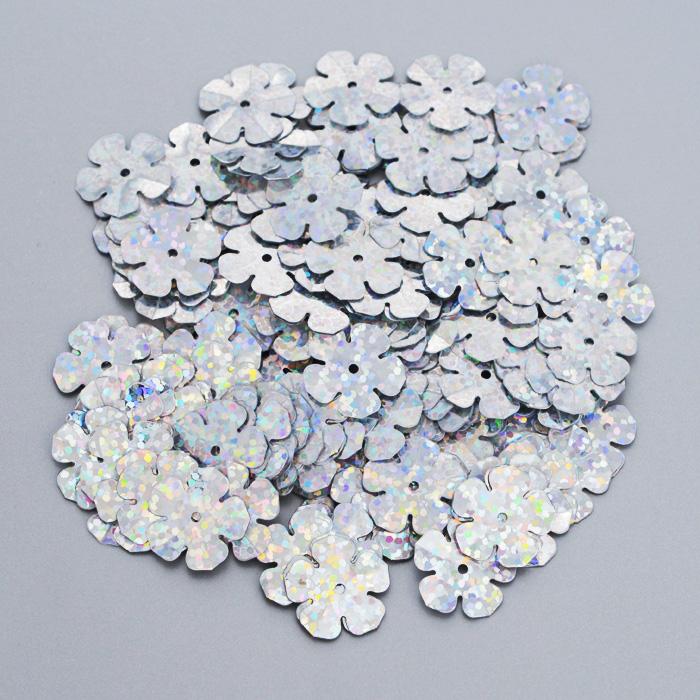 Пайетки Астра Цветочки, с голограммой, цвет: серебристый (50112), 16 мм, 10 г. 7700475_501127700475_50112Пайетки Астра Цветочки с голограммой представляют собой блёстки, плоские чешуйки в форме цветка, изготовленные из пластика с отверстием для продевания нитки. Они позволят изыскано украсить любую вещь, идеальны для декора сценических костюмов, создания стилизованной одежды.