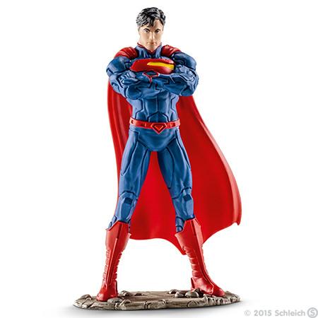 Фигурка Schleich Супермен, 11 см22506Фигурка Schleich Супермен станет прекрасным подарком для вашего ребенка. Великолепно детализированная фигурка супергероя изготовлена из каучукового пластика и выполнена в ярких красных и синих цветах. У игрушки есть широкое основание, благодаря которому она прочно стоит на различных поверхностях. Такая фигурка непременно понравится вашему ребенку, а также привлечет внимание взрослых коллекционеров, и станет замечательным украшением любой коллекции. Восхитительная фигурка сделает игры в супергероев еще увлекательнее и интереснее! Над миром нависла новая угроза. Супермен очень быстрый и неуязвимый. Для того, чтобы спасти мир, ему необходимо применить все свои сверхспособности и победить врага.