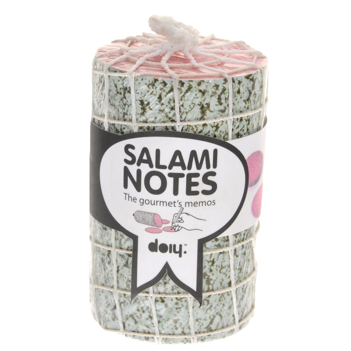 Блок для записей Doiy Salami, диаметр 6 смDOSNBASБлок для записей Doiy Salami отлично подойдет для важных записей и пометок. Блок, выполненный в виде аппетитной колбаски, включает в себя 1000 листов из высококачественной бумаги. Записки, сделанные на таких листках, никогда не останутся незамеченными, а важные дела не будут забыты. Блок для записей станет не только практичным офисным или домашним инструментом, но и украсит ваш рабочий стол и обязательно поднимет настроение!