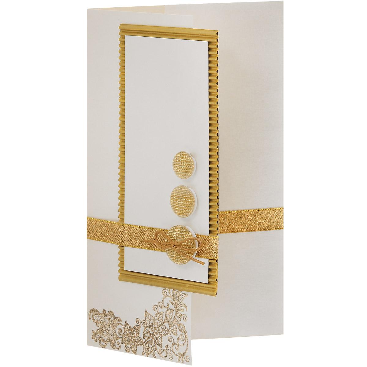 ОРАЗ-0001 Открытка-конверт (Золотые вензеля и пуговицы). Студия «Тётя Роза»Винтажные открытки №97Характеристики: Размер 19 см x 11 см. Материал: Высоко-художественный картон, бумага, декор. Данная открытка может стать как прекрасным дополнением к вашему подарку, так и самостоятельным подарком. Так как открытка является и конвертом, в который вы можете вложить ваш денежный подарок или просто написать ваши пожелания на вкладыше. Конверт для поздравления универсален в своей идее. Ненавязчивый дизайн не ориентирован на какой-то особый случай, поэтому может быть использован для любого повода. Использован гофрированный картон, парчовые ленты, блестящие пуговицы. Вензель выполнен в технике горячего термоподъема. Также открытка упакована в пакетик для сохранности. Обращаем Ваше внимание на то, что открытка может незначительно отличаться от представленной на фото.