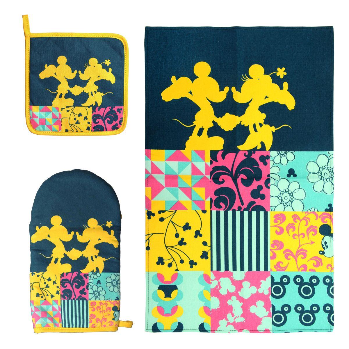 Набор для кухни Disney Mickey&Minnie, 3 предмета65094Набор для кухни Disney Mickey&Minnie, выполненный из 100% хлопка, состоит из полотенца, прихватки, варежки. Предметы набора оформлены изображением Микки Мауса и Минни Мауса, а также красивыми узорами. Прихватку и рукавицу можно подвешивать благодаря имеющимся на них петелькам. Такой набор - отличный вариант для практичной и современной молодой хозяйки. Размер полотенца: 37 см х 62 см. Размер прихватки: 18 см х 18 см. Размер варежки: 15 см х 28 см.