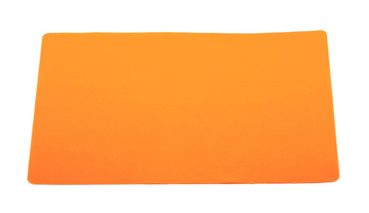 Кулинарный лист для раскатки теста Atlantis, цвет: оранжевый, 37 см х 27 смSC-MT-101-OКулинарный лист для раскатки теста Atlantis изготовлен из высококачественного пищевого силикона. На нем очень удобно раскатывать тесто. Лист идеально прилегает к поверхности стола и не скользит, а тесто не пристает к листу, что обеспечивает удобное и комфортное приготовление. Лист выдерживает температуру до +230°С, не впитывает запахи и легко моется в посудомоечной машине. Можно использовать как подставку под горячую посуду. Теперь во время приготовления не нужно постоянно подсыпать муку, чтобы тесто не прилипало к поверхности стола. Вы сохраните чистоту на кухне и упростите столь трудоемкий процесс приготовления выпечки. Размер листа: 37 см х 27 см.