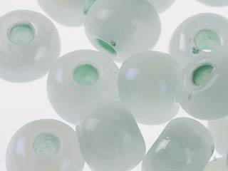 Бисер полупрозрачный жемчужный с цв.центром 10/0 (57552), круг.отв., 50гр Preciosa7702964Бисер полупрозрачный жемчужный с цв.центром 10/0 (57552), круг.отв., 50гр Preciosa