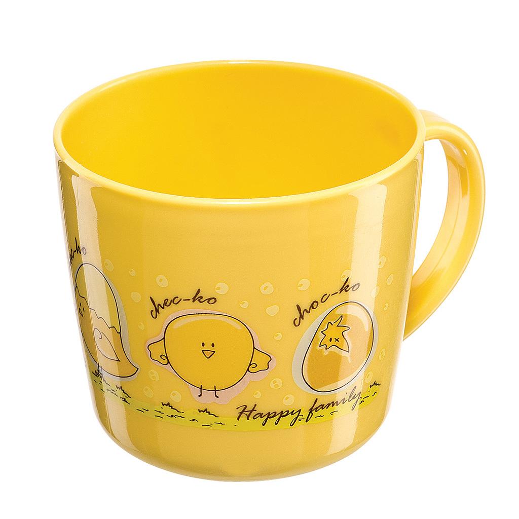 Детская чашка Happy Baby, цвет: желтый 1500615006Детская чашка Happy Baby предназначена для того, чтобы приучить малыша пить из посуды для взрослых. Чашка выглядит совсем как обычная, однако она меньше по объему и изготовлена из безопаного пластика. Нельзя разбить, случайно уронив. Изготовлена из безопасных материалов. В комплекте: 1 чашка.