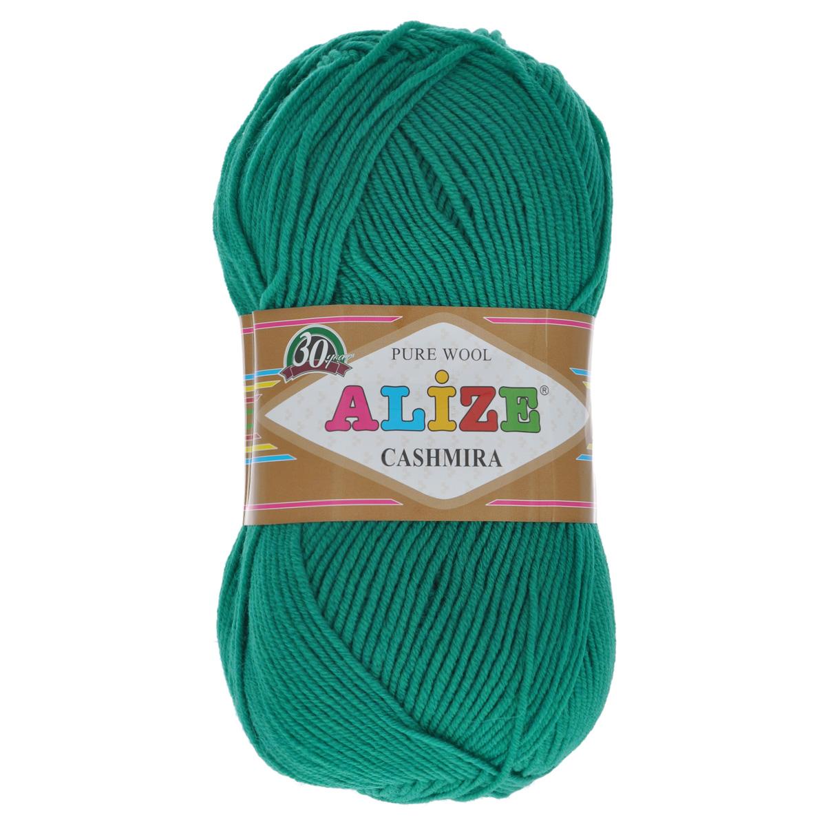 Пряжа для вязания Alize Cashmira, цвет: изумрудный (20), 300 м, 100 г, 5 шт364009_20Пряжа для вязания Alize Cashmira изготовлена из 100% шерсти. Пряжа упругая, эластичная, тёплая, уютная и не колется, что очень подходит для детей. Тоненькая нитка прекрасно подойдет для вязки демисезонных вещей. Пряжа легко распускается и перевязывается несколько раз, не деформируясь и не влияя на вид изделия. Натуральная шерстяная нить, обеспечивает изделию прекрасную форму. Рекомендуется ручная стирка при температуре 30 °C. Рекомендованные спицы № 3-5, крючок № 2-4.