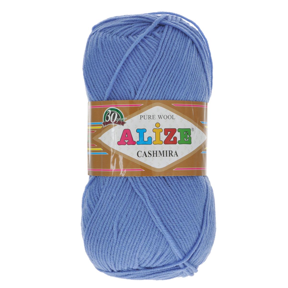 Пряжа для вязания Alize Cashmira, цвет: темно-синий (303), 300 м, 100 г, 5 шт364009_303Пряжа для вязания Alize Cashmira изготовлена из 100% шерсти. Пряжа упругая, эластичная, тёплая, уютная и не колется, что очень подходит для детей. Тоненькая нитка прекрасно подойдет для вязки демисезонных вещей. Пряжа легко распускается и перевязывается несколько раз, не деформируясь и не влияя на вид изделия. Натуральная шерстяная нить, обеспечивает изделию прекрасную форму. Рекомендуется ручная стирка при температуре 30 °C. Рекомендованные спицы № 3-5, крючок № 2-4.