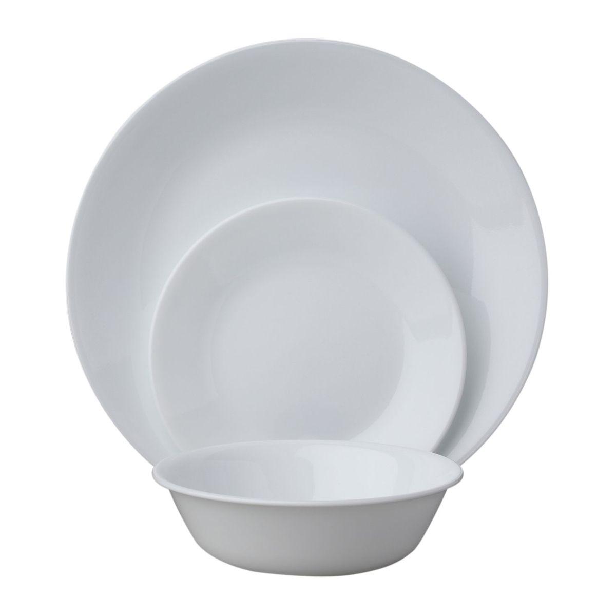 Набор посуды Winter Frost White 18пр, цвет: белый1088609Преимуществами посуды Corelle являются долговечность, красота и безопасность в использовании. Вся посуда Corelle изготавливается из высококачественного ударопрочного трехслойного стекла Vitrelle и украшена деколями американских и европейских дизайнеров. Рисунки не стираются и не царапаются, не теряют свою яркость на протяжении многих лет. Посуда Corelle не впитывает запахов и очень долгое время выглядит как новая. Уникальная эмаль, используемая во время декорирования, фактически становится единым целым с поверхностью стекла, что гарантирует долгое сохранение нанесенного рисунка. Еще одним из главных преимуществ посуды Corelle является ее безопасность. В производстве используются только безопасные для пищи пигменты эмали, при производстве посуды не применяется вредный для здоровья человека меламин. Изделия из материала Vitrelle:...