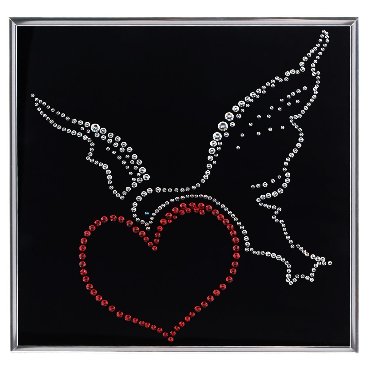 Картина с кристаллами Swarovski Птица счастья, 25 см х 25 см1253Изящная картина в металлической раме, инкрустирована кристаллами Swarovski, которые отличаются четкой и ровной огранкой, ярким блеском и чистотой цвета. Красочное изображение сердца с птицей, расположенное под стеклом, прекрасно дополняет блеск кристаллов. С обратной стороны имеется металлическая петелька для размещения картины на стене. Картина с кристаллами Swarovski Птица счастья элегантно украсит интерьер дома или офиса, а также станет прекрасным подарком, который обязательно понравится получателю. Блеск кристаллов в интерьере, что может быть сказочнее и удивительнее. Картина упакована в подарочную картонную коробку синего цвета и комплектуется сертификатом соответствия Swarovski.