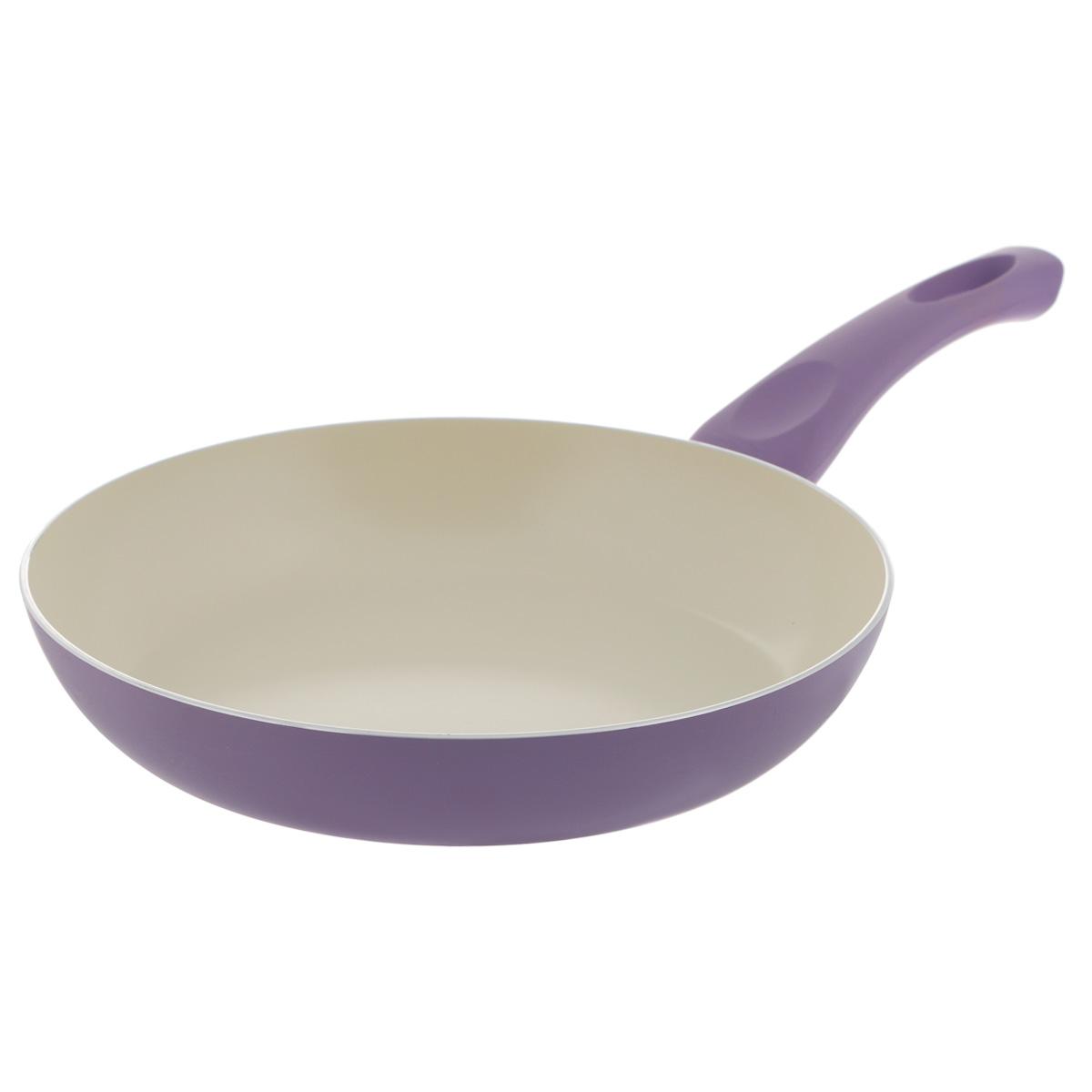 Сковорода Mayer & Boch, с керамическим покрытием, цвет: сиреневый. Диаметр 24 см. 2195621956Сковорода Mayer & Boch изготовлена из литого алюминия с керамическим покрытием. Сковорода предназначена для здорового и экологичного приготовления пищи. Пища не пригорает и не прилипает к стенкам. Абсолютно гладкая поверхность легко моется. Посуда экологически чистая, не содержит примеси ПФОК. Рукоятка специального дизайна, выполненная из бакелита с силиконовым покрытием, удобна и комфортна в эксплуатации. Внешнее цветное покрытие устойчиво к воздействию высоких температур. Можно использовать на газовых, электрических, керамических плитах. Не подходит для индукционных плит. Можно мыть в посудомоечной машине. Высота стенки: 4,6 см. Толщина стенки: 2,5 мм. Толщина дна: 3 мм. Длина ручки: 18 см.