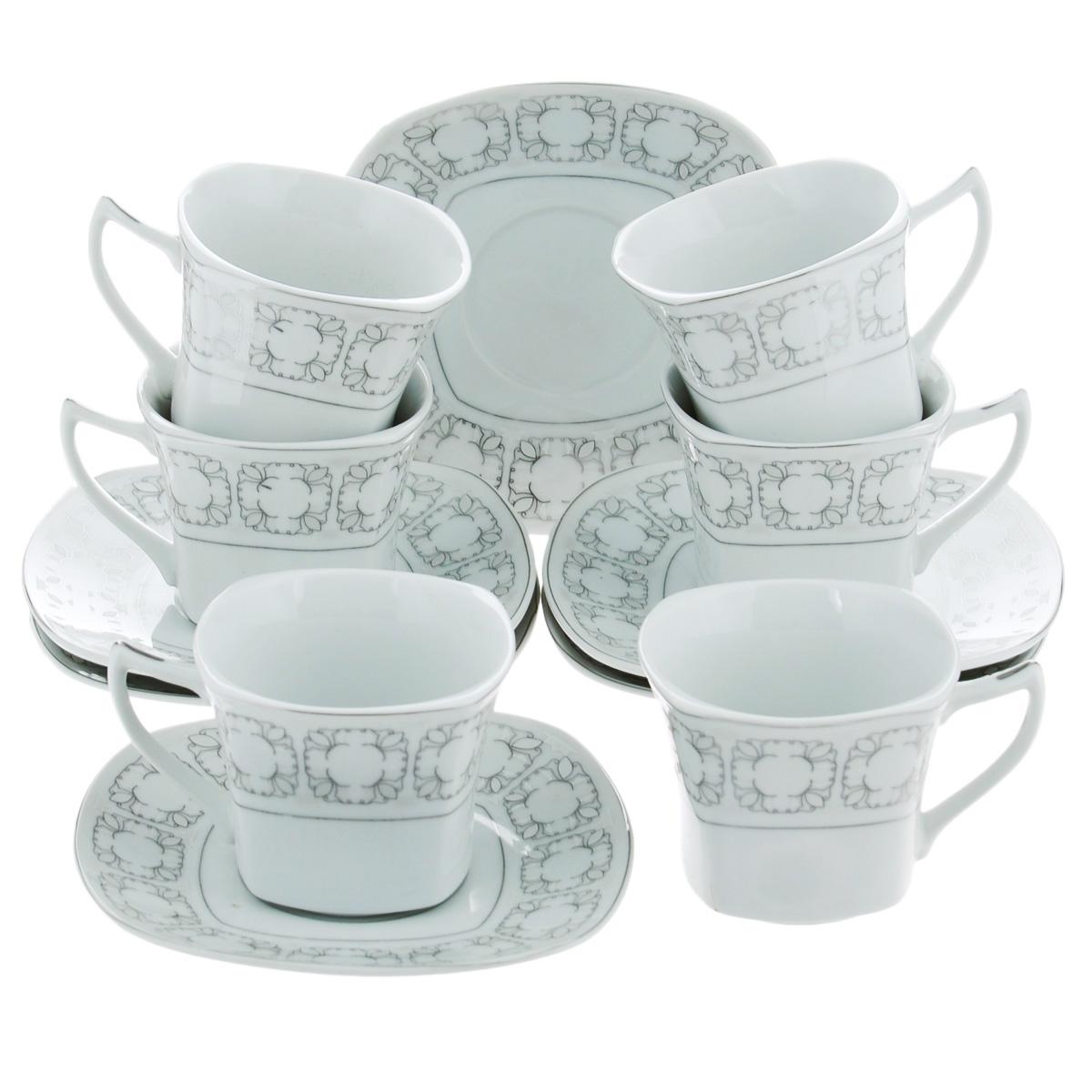 Набор чайный Bekker, 12 предметов. BK-5986BK-5986Чайный набор Bekker состоит из шести чашек и шести блюдец. Предметы набора изготовлены из высококачественного фарфора белого цвета и украшены серебристой эмалью. Изящный орнамент придает набору стильный внешний вид. Чайный набор роскошного дизайна украсит интерьер кухни. Прекрасно подойдет как для торжественных случаев, так и для ежедневного использования. Набор упакован в подарочную картонную коробку серебристого цвета. Подходит для мытья в посудомоечной машине. Объем чашки: 150 мл. Размер чашки (по верхнему краю): 8 см х 8 см. Высота чашки: 6,5 см. Размер блюдца: 14 см х 14 см.