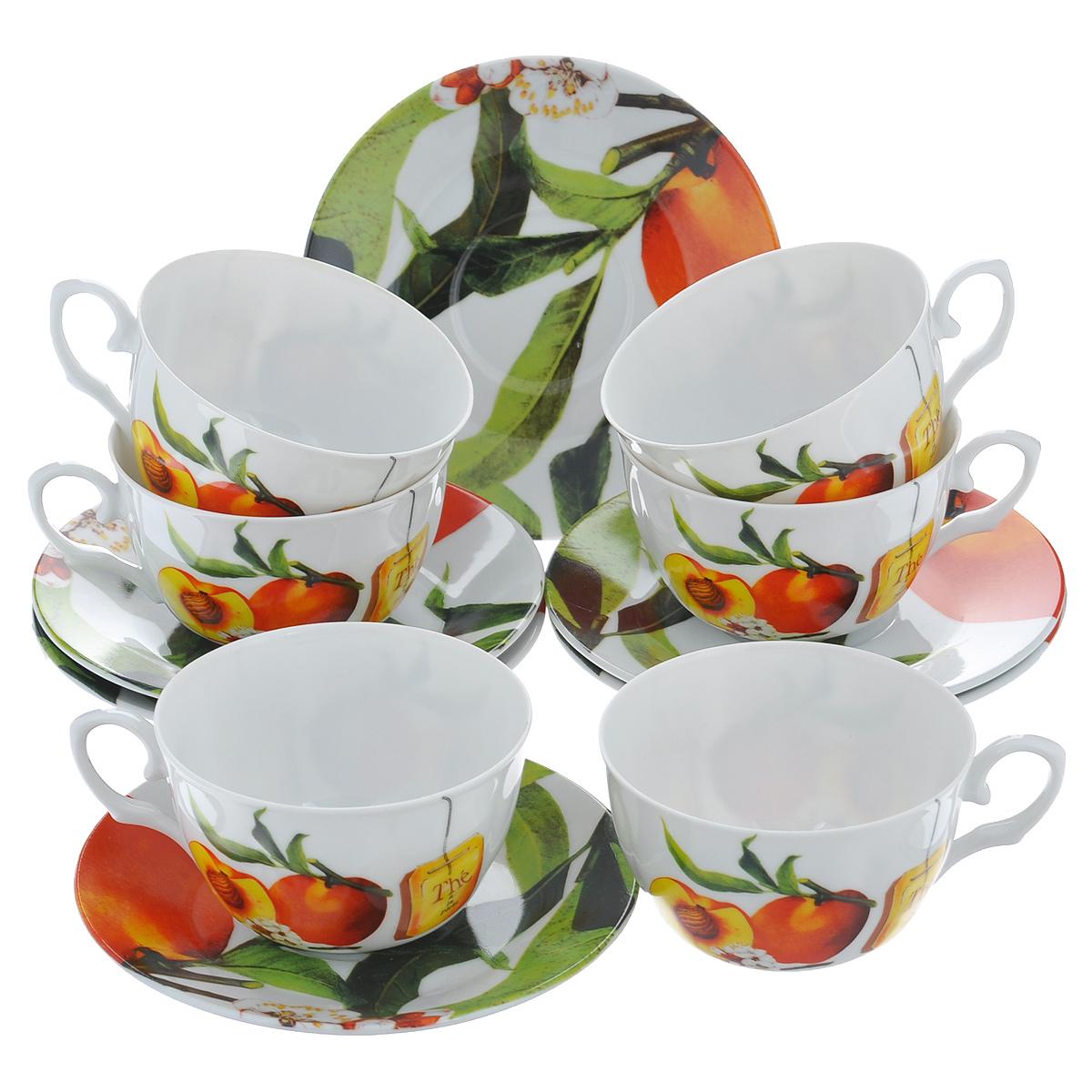 Набор чайный Larange Персик, 12 предметов586-249Чайный набор Персик, выполненный из высококачественного фарфора, состоит из шести чашек и шести блюдец. Изделия декорированы изображением персиков. Элегантный дизайн и совершенные формы предметов набора привлекут к себе внимание и украсят интерьер вашей кухни. Чайный набор Персик идеально подойдет для сервировки стола и станет отличным подарком к любому празднику. Чайный набор упакован в круглую подарочную коробку из плотного картона лимонного цвета. Внутренняя часть коробки задрапирована белой атласной тканью, и каждый предмет надежно крепится в определенном положении благодаря особым выемкам в коробке. Не использовать в микроволновой печи. Не применять абразивные чистящие вещества. Объем чашки: 225 мл. Диаметр чашки по верхнему краю: 9,5 см. Высота чашки: 6 см. Диаметр блюдца: 14,5 см.