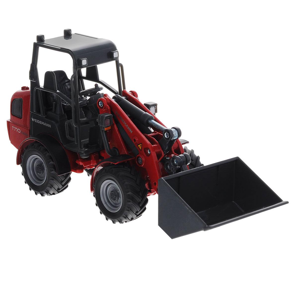 Siku Трактор Weidemann Hoftrac3059Коллекционная модель Siku Трактор Weidemann Hoftrac выполнена в виде точной копии трактора с ковшом в масштабе 1/32. Такая модель понравится не только ребенку, но и взрослому коллекционеру и приятно удивит вас высочайшим качеством исполнения. Корпус трактора выполнен из металла, а кабина трактора и ковш выполнены из пластика. Стрела и ковш поднимаются и опускаются. Колесики модели вращаются. Коллекционная модель отличается великолепным качеством исполнения и детальной проработкой, она станет не только интересной игрушкой для ребенка, интересующегося агротехникой, но и займет достойное место в коллекции.