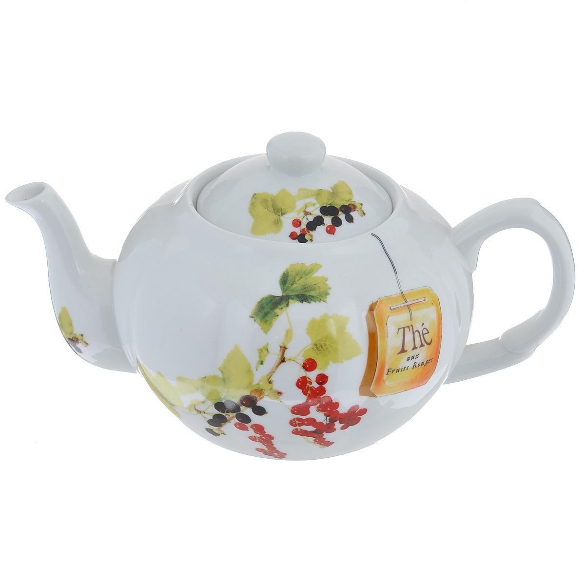 Чайник заварочный Larange Смородина, 1 л586-243Чайник Larange Смородина выполнен из высококачественного фарфора. Чайник декорирован изображением ягод красной и черной смородины. Чайник Larange Смородина предназначен для заваривания чая. Элегантный дизайн и совершенные формы чайника привлекут к себе внимание и украсят интерьер вашей кухни. Чайник Larange Смородина будет не только прекрасным украшением вашего стола, но и отличным подарком к любому празднику. Не использовать в микроволновой печи. Не применять абразивные чистящие вещества. Диаметр чайника по верхнему краю: 8,5 см. Высота чайника: 9,5 см. Диаметр дна чайника: 9 см. Длина чайника (с учетом ручки и носика): 23 см.