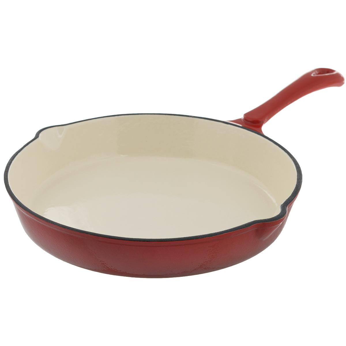 Сковорода чугунная Mayer & Boch, цвет: красный. Диаметр 25,5 см. 2205122051Сковорода Mayer & Boch выполнена из высококачественного эмалированного чугуна. Чугун - один из лучших материалов, который равномерно распределяет тепло и удерживает его. Он устойчив к механическим повреждениям и невероятно прочен. Эмаль защищает чугун от коррозии и появления ржавчины, не впитывает запахи, облегчает уход за посудой. Посуда из эмалированного чугуна идеальна для запекания, жарки, тушения, варки, томления, также может использоваться для маринования. Сковорода имеет и внутреннее, и внешнее эмалированное покрытие. Внешнее покрытие цветное, что придает посуде эстетичный внешний вид. Изделие оснащено двумя носиками для удобного слива жидкости. Длинная ручка обеспечивает безопасное использование. Сковорода подходит для использования на всех типах плит, включая индукционные. Можно использовать в духовке, а также мыть в посудомоечной машине. Высота стенки: 4 см. Толщина стенки: 4 мм. Толщина дна: 4 мм. Длина ручки: 17 см.