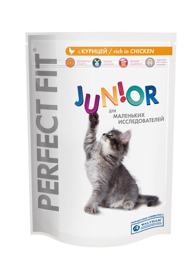 Корм сухой для котят Perfect Fit Junior, с курицей, 190 г10185Сухой корм Perfect Fit Junior - полнорационный сухой корм для котят до 12 месяцев. Корм специально создан в соответствии с потребностями развивающегося организма. Здоровый рост и развитие. Богат белком высокого качества, витаминами и минералами для здорового роста и правильного развития. Сильный иммунитет. Содержит витамины С, Е и таурин, помогающие поддержанию иммунной системы. Здоровое пищеварение. Курица и рис для легкого усвоения и оптимального пищеварения. Здоровый рост зубов и костей. Сбалансированный уровень кальция и фосфора помогает здоровому развитию крепких зубов и костей. Состав: высушенный белок птицы (включая 31% курицы), животный жир, кукурузный белок, кукуруза, продукты переработки пшеницы, кукурузная мука, высушенный белок злаков, рис (не менее 4%), высушенная печень, целлюлоза, соль, хлорид калия, витамины и минеральные вещества. Пищевая ценность (100 г): белок 41 г; жир 18 г; зола 7,5 г; влажность 6 г; клетчатка 2 г;...