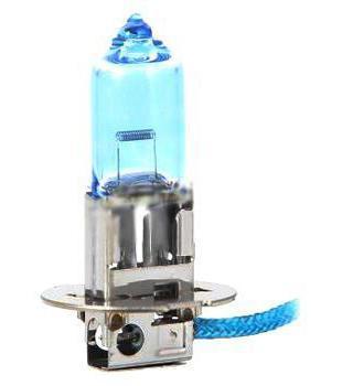 Лампа автомобильная галогенная Philips CrystalVision, для фар, цоколь H3 (PK22s), 12V, 55W12336CVB1 (бл.)Автомобильная галогенная лампа Philips CrystalVision произведена из запатентованного кварцевого стекла с УФ фильтром Philips Quartz Glass. Кварцевое стекло Philips в отличие от обычного твердого стекла выдерживает гораздо большее давление смеси газов внутри колбы, что препятствует быстрому испарению вольфрама с нити накаливания. Кварцевое стекло выдерживает большой перепад температур, при попадании влаги на работающую лампу изделие не взрывается и продолжает работать. Лампы Philips CrystalVision имеют мощный белый свет с цветовой температурой 4300К. Разработаны для водителей, которым необходимо яркое освещение на дороге и важен индивидуальный стиль. Увеличенная светоотдача позволяет гораздо лучше различать дорожные знаки и препятствия. Лампы подходят для всех погодных условий, особенно ощутимый визуальный комфорт при поездках в ночное время. Автомобильные галогенные лампы Philips удовлетворят все нужды автомобилистов: дальний свет, ближний свет, передние...